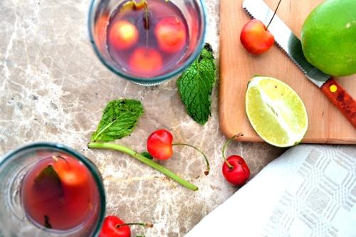 Sparkling Cherry Spritzer
