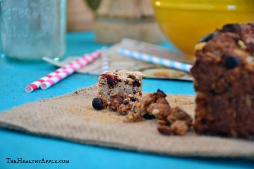 Easy-Cranberry-Banana-Bread-Recipe