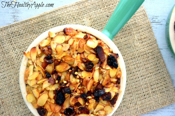 cinnamon-almond-baked-oatmeal-breakfast
