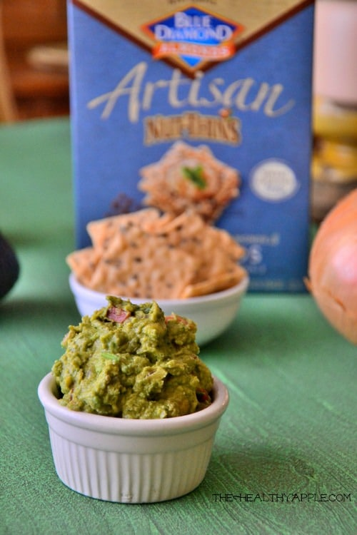 gluten-free-guacamole-and-chips