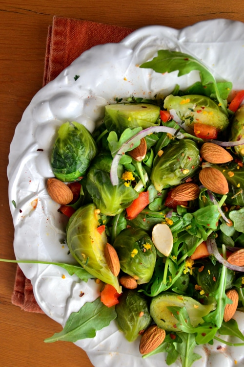 Gluten-Free-Arugula-Salad-with-Almonds-Lemon-Dill-Vinaigrette