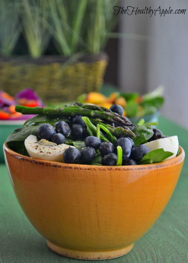 blueberry-asparagus-and-spinach-salad-recipe