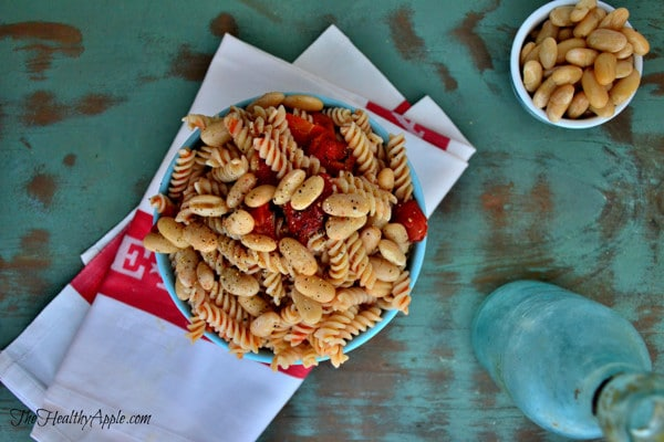 roasted-red-pepper-and-white-bean-pasta-dinner