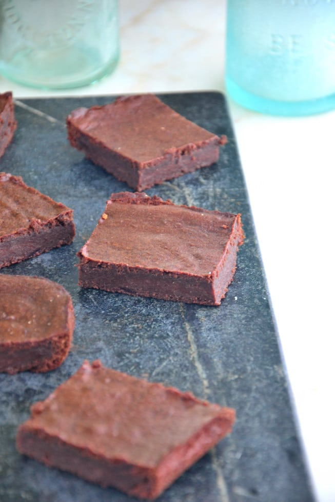 These are the best vegan gluten-free brownies made with chickpea flour and maple syrup and other healthy ingredients.
